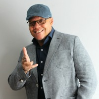 W.T Hamilton - Heartrepreneur® Radio | Episode 221 |  Solving Business Problems One Chapter Book At A Time With W.T. Hamilton
